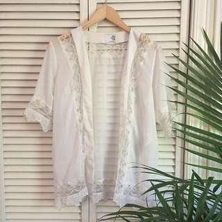 Vera Moda White Lace Trim Kimono
