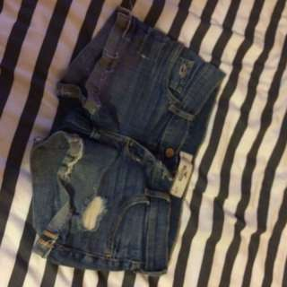Hollister Shorts SIZE 0