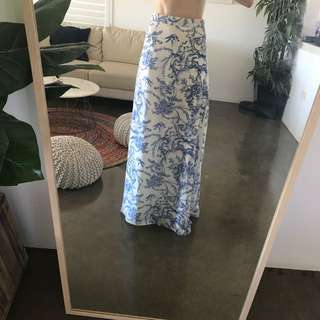 WILDE WILLOW Maxi Skirt Size 8