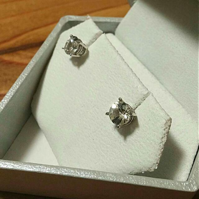 10kt White Gold With 7mm CZ Stud earrings