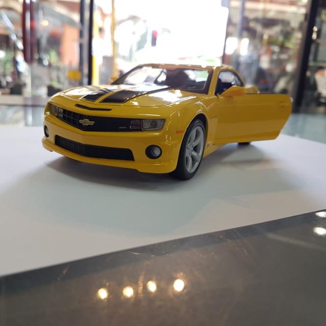 1:24 Chevrolet 2010 Camaro SS RS SP