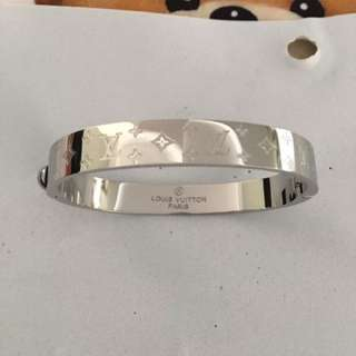 L•V Bangle Customer Order