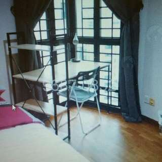 Woodsvale (Ladies Only Apartment)