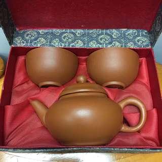 紫砂茶壺茶杯一套