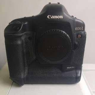 Canon Eos 1D Mark II N body