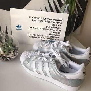 Adidas Superstar w Silver&white