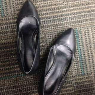 Black Women's Pumps / Formal Shoes