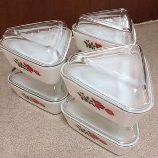 Triangle Pyrex Ware in 6 Sets