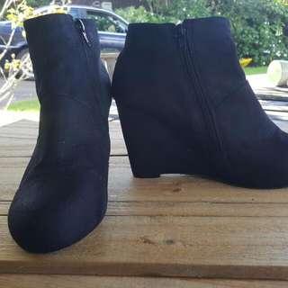 Black Size 9 Heels