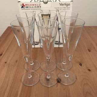 Brand new Maxwell & Williams Flute/ Champagne Glasses * 6
