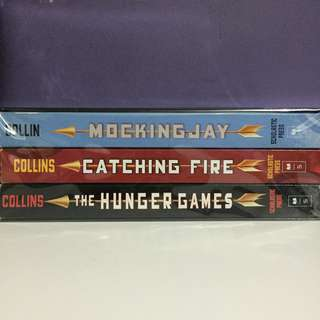 Hunger Games Box Set FOR SALE