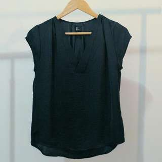 H&M BLOUSE Silky Black V-Neck TOP AU 8 Small
