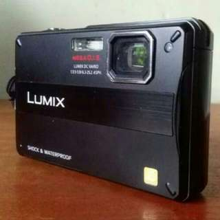Panasonic DMC -FT10 Camera