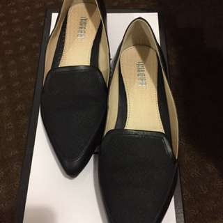 Oxford Leather Flat - Size 6 (Rarely Wear)