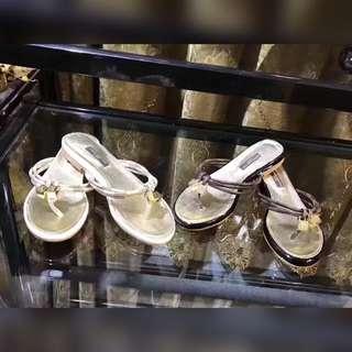 2017春夏鞋子新款 夏天拖鞋 新款涼拖鞋 人字拖鞋 時尚拖鞋 平底拖鞋 懶人鞋 名牌鞋子 精品鞋子 女鞋 時尚人字拖