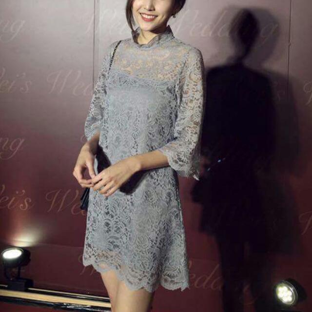 浪漫蕾絲花瓣寬袖洋裝