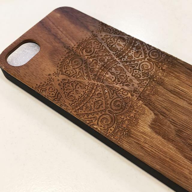 木頭材質雕花蕾絲手機殼 iPhone 5/5s/SE可用