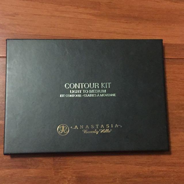Anastasia Beverly Hills Contour Kit Powder - Light-Medium