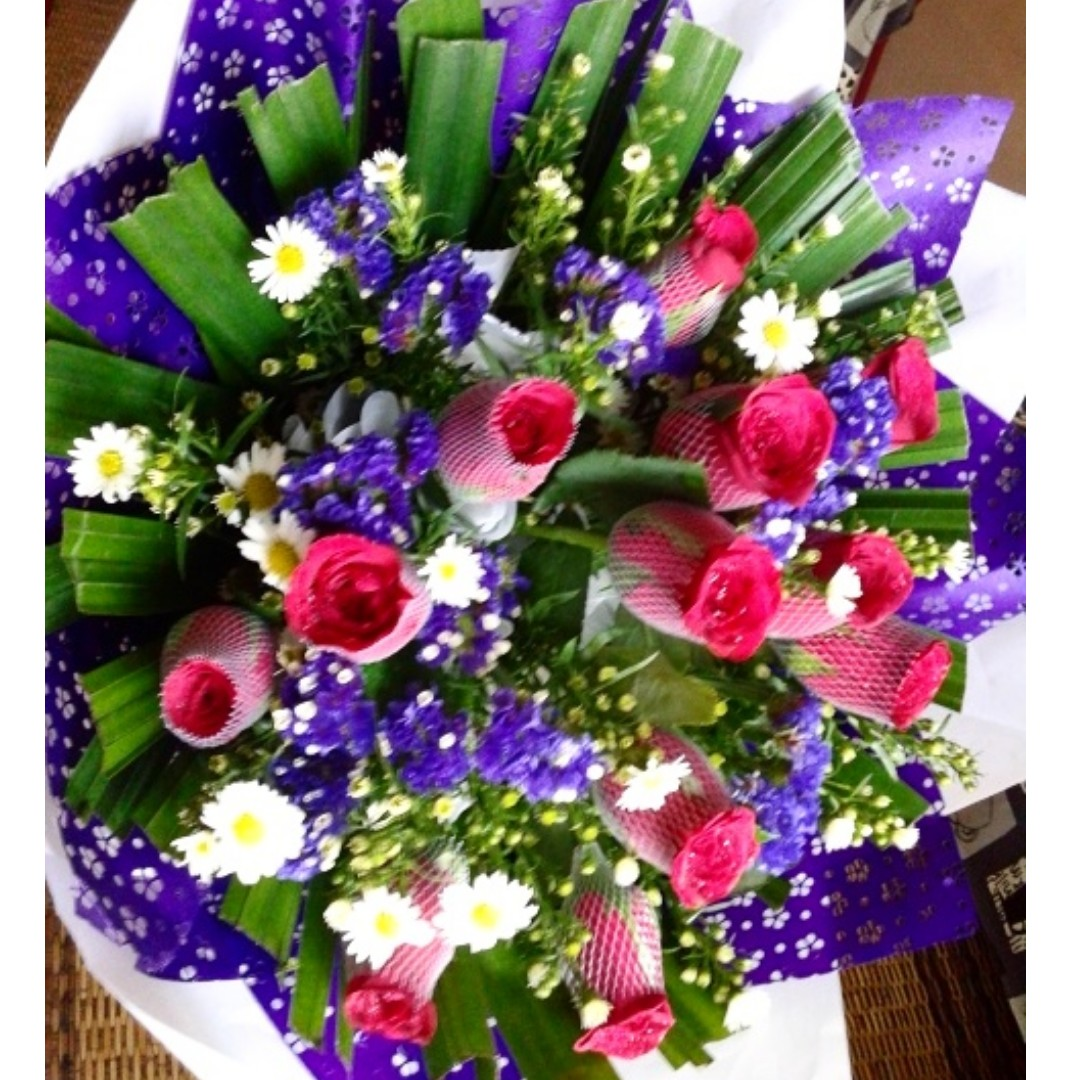 Big flower bouquet design craft others on carousell izmirmasajfo