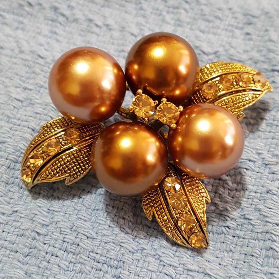 Brown Pearl Pin Brooch