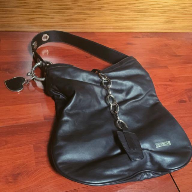 Donini Black Leather Bag - Tas Hitam Casual