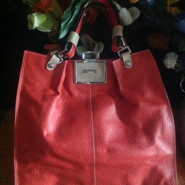 Donini Hand Bag