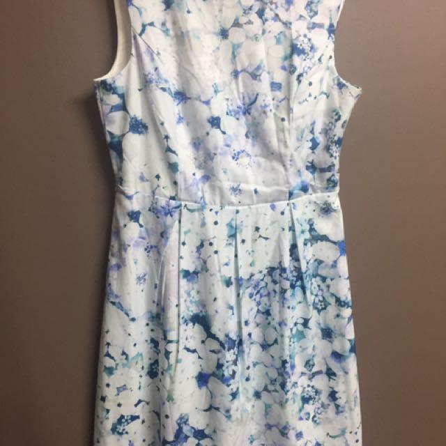 Dress Size 10 never worn