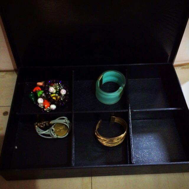 Japan Jewelry Organizer
