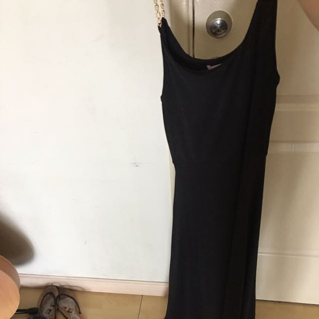 Long Black Dress Medium Fit