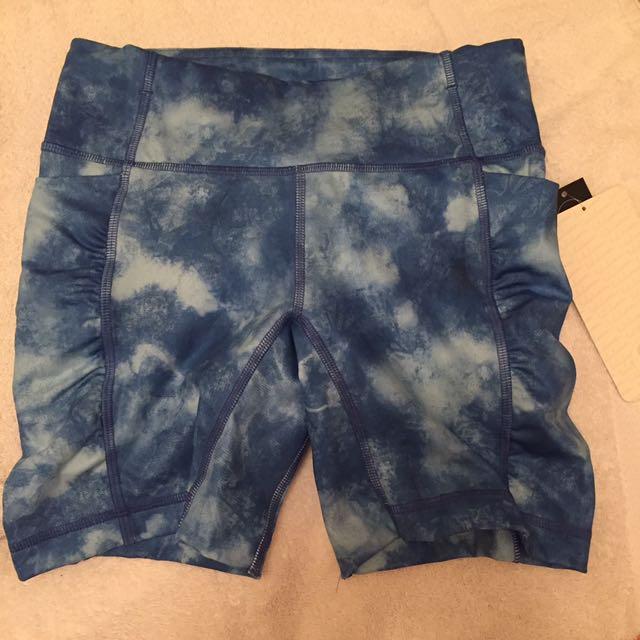 Lululemon Size 4 Right Shorts