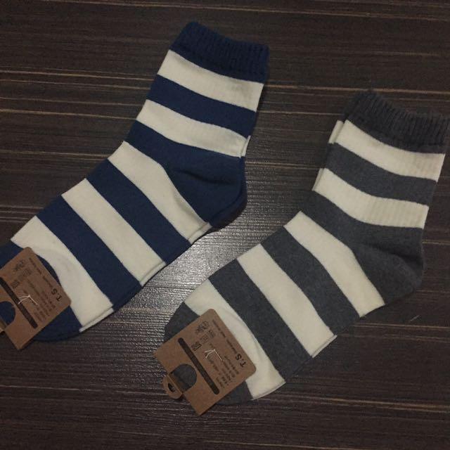 Minimal Striped Socks
