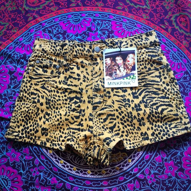 MinkPink Killer Shorts, Size M
