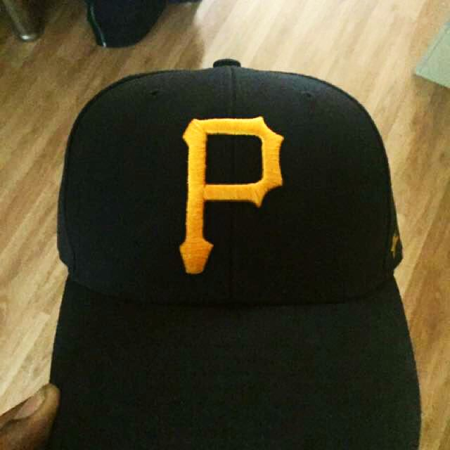 Pittsburgh Pirates 47 One-Size Velcro Strap Hat
