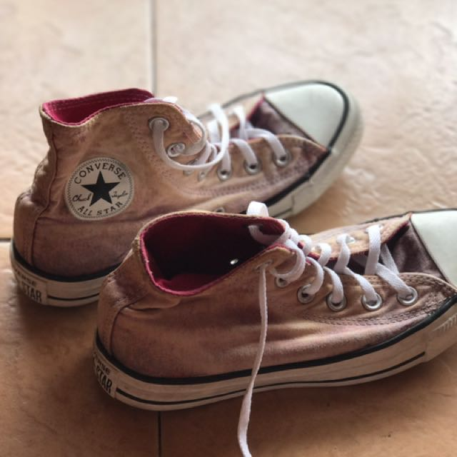 Preloved Authentic converse Shoes