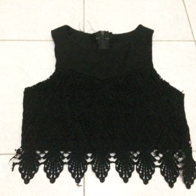 Preloved Black Crop Top