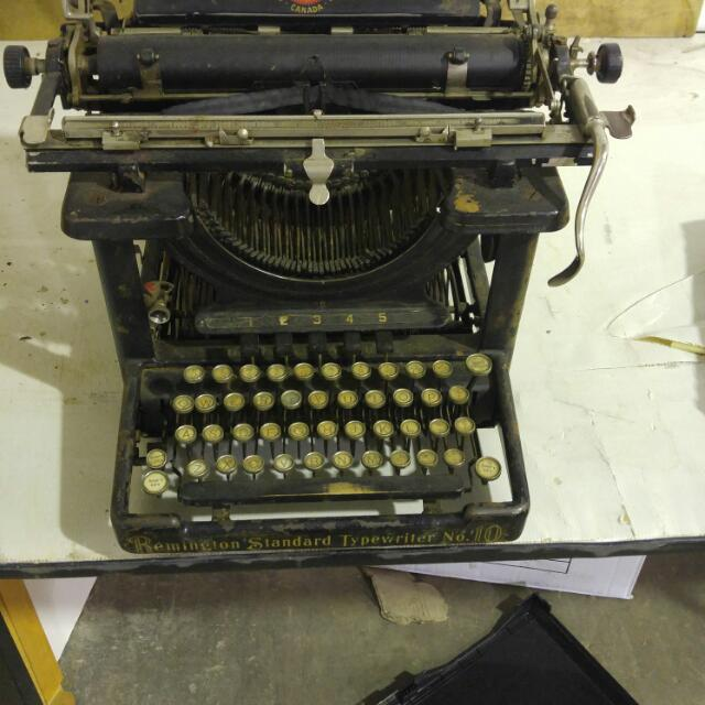 Remington Standard Typewritter No10
