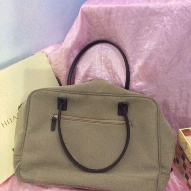 Simple hand bag AOL