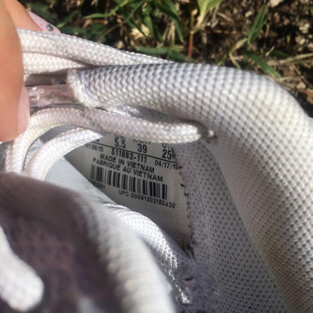 Triple White Nike Roshe