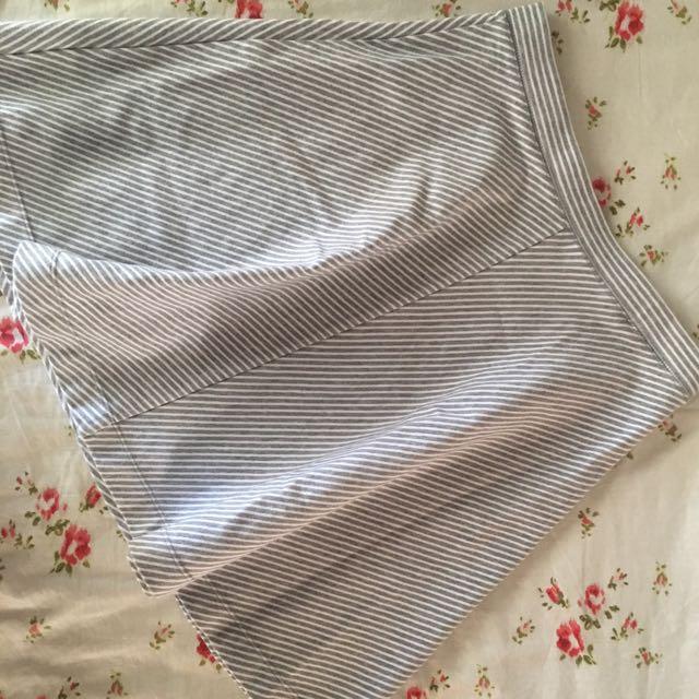 UNIQLO Striped Skater Skirt