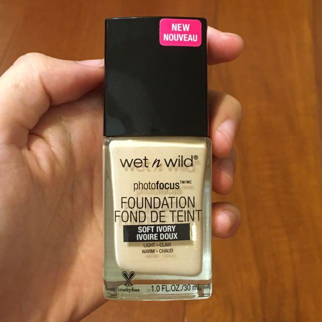 Wet n wild 粉底液362c soft ivory