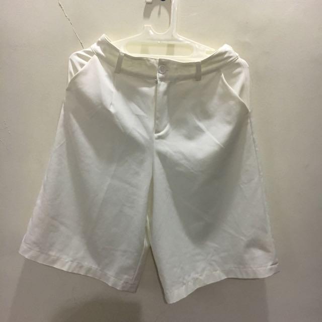 White Culotte (pendek) Uptown Girl