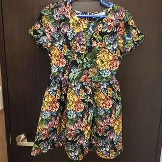 重工花裙 洋裝 泰國品牌 超級修身