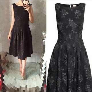 Prem emboss midi black dress