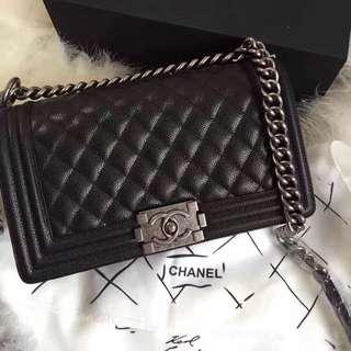 Chanel Boy 25cm Caviar
