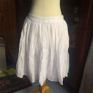 ZARA BASICS Short White Skirt