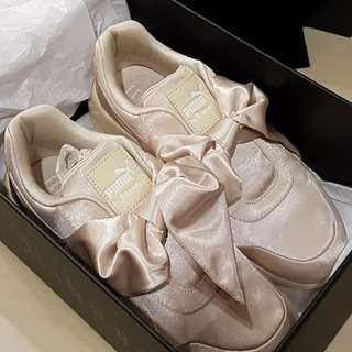 BRAND NEW PUMA FENTY Bow Sneakers In Pink Tint (Nude)