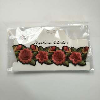 ★ Rose embroidery choker