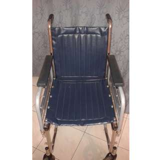 Wheelchair 'GLIDE' in Excellent Condition.  Ideal for Child. (Has no Footplates)