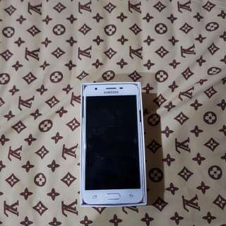 Dijual Samsung Galaxy J5 Prime Gold