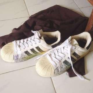 Sepatu Adidas Superstar Supercolor